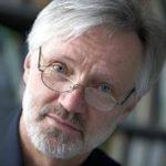 Eberhard Parlow ist ordentlicher Professor für Meteorologie, Klimatolo-gie und Fernerkundung an der Universität Basel. Seine Arbeits-/Forschungsschwerpunkte liegen im Bereich Stadtklimatologie, Stadtklima und Umweltanalysen.